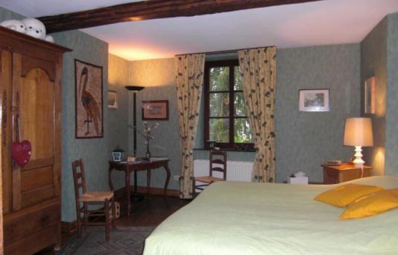 La renardi re chambre d 39 h tes les charmilles chambre for Chambre d hote luxembourg