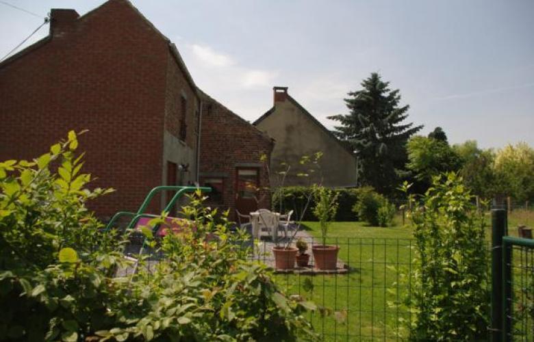 La petite maison gite la ferme namur - Jardin maison de la culture namur montreuil ...